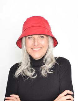 Chapeau de pluie rouge