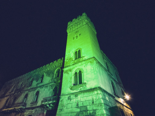 Palazzo della Bella s'illumina di verde: omaggio all'Irlanda