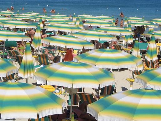 Gargano, un'estate in spiaggia e in tv: da Comò a Battiti Live