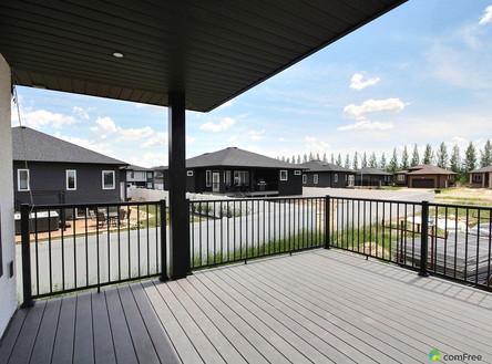 deck-new-home-for-sale-white-city-saskat