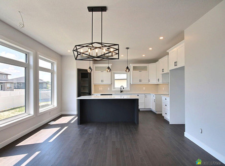 dining-room-new-home-for-sale-white-city
