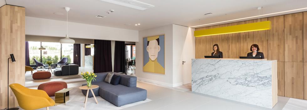 Recepcja w PLATINUM hotel & residence