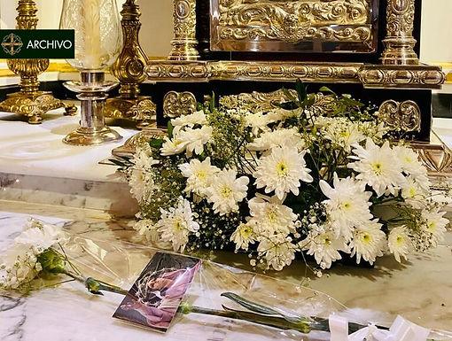 Ofrenda floral de la Hermandad de Nuestra Señora del Rosario en sus Misterios Dolorosos