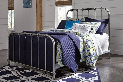 Nashburg Silver Queen Metal Bed