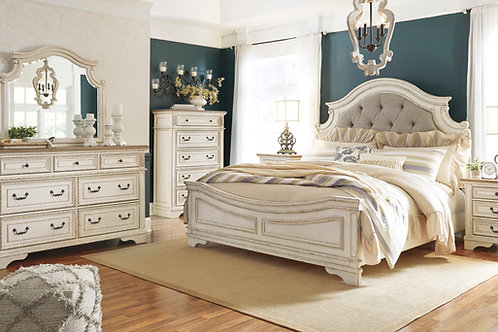 Realyn Antique Rustic Finish Bedroom Set
