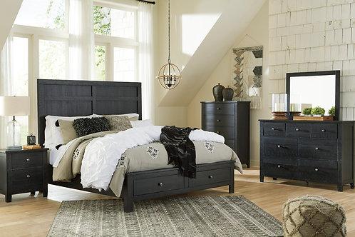 Noorbrook Black Queen Platform Bedroom Set