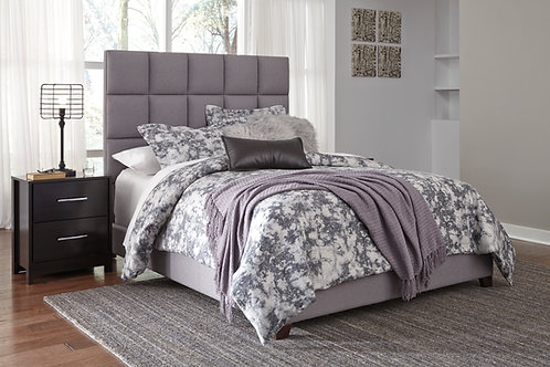 Dolante Gray Upholstered Queen Bed
