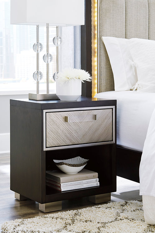 Maretto Two-Tone Nightstand
