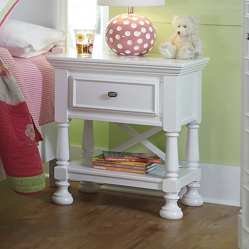 Kaslyn White One-Drawer Nightstand