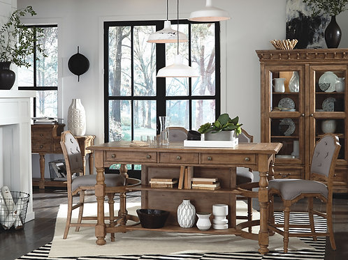 Graham Hills Counter Height Table & 4 Chairs