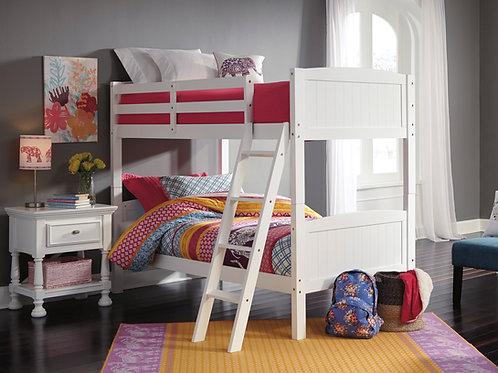 Kaslyn Twin/Twin White Bunk Bed