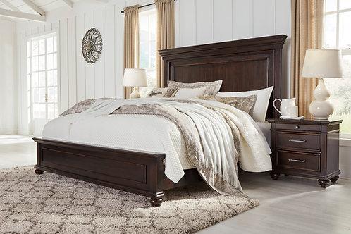 Brynhurst Walnut Queen Panel Bed