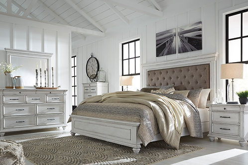 Kanwyn Vintage White Queen Upholstered Bedroom Set