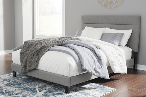 Adelloni Gray Upholstered Queen Platform Bed