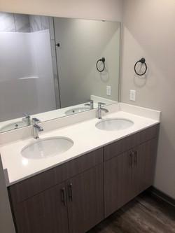 1018 18th Ave bathroom