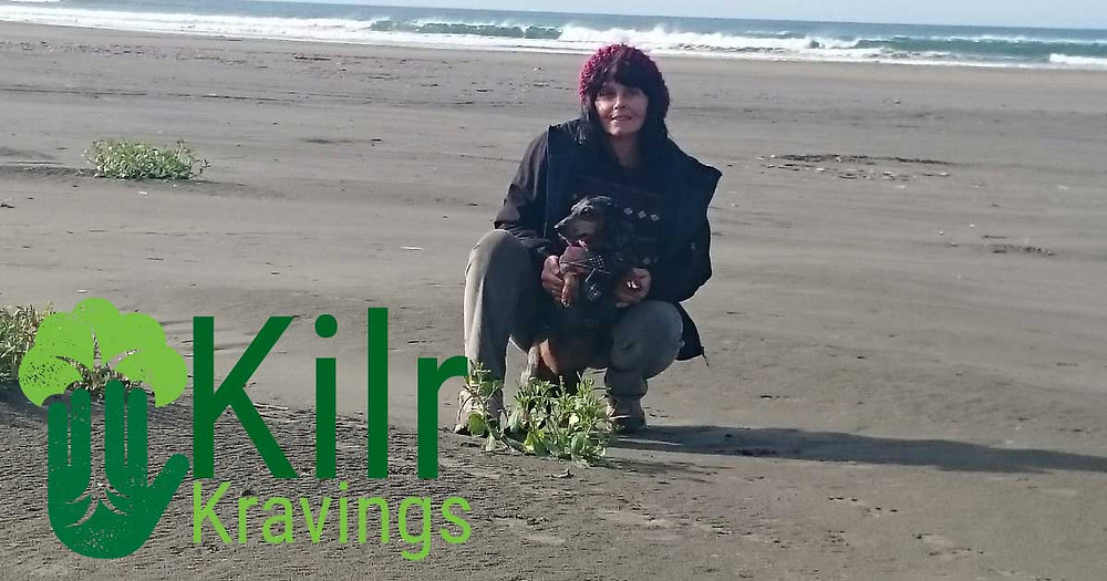 Kilr Kravings is on Vacation with Reni and Scampy.