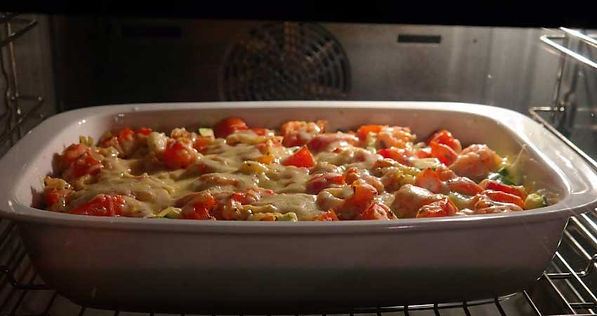 Rustic Lasagna: Veg or Meat in the oven cooking.