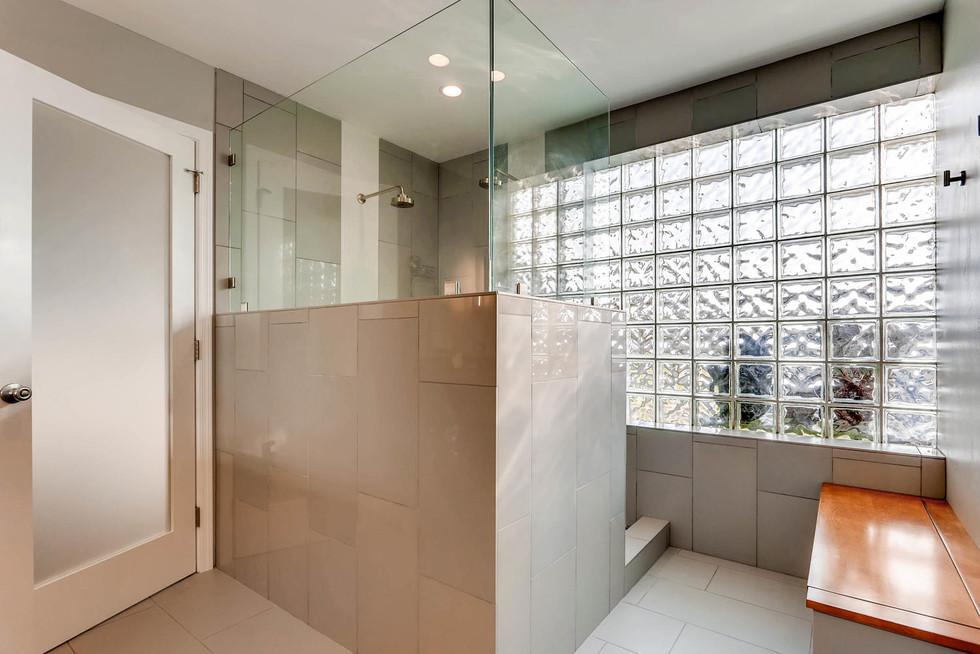 TGI HomeCrafters Phoenix AZ-large-007-4-Bathroom-1500x1000-72dpi.jpg