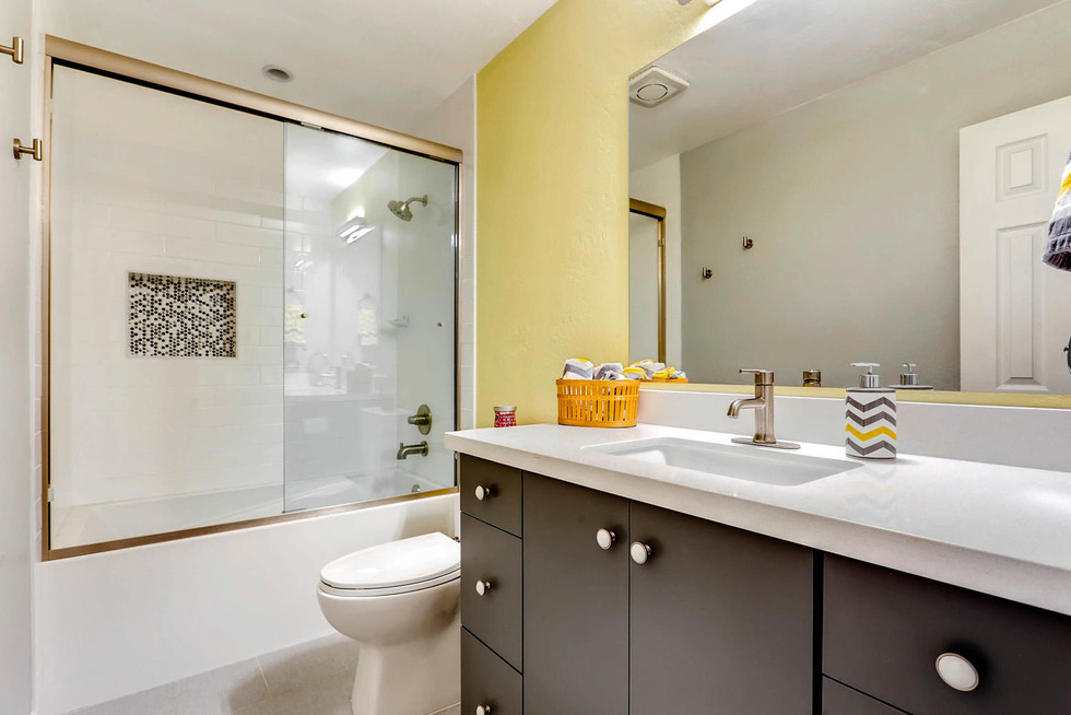 TGI HomeCrafters Phoenix AZ-large-004-2-Bathroom-1500x1000-72dpi.jpg