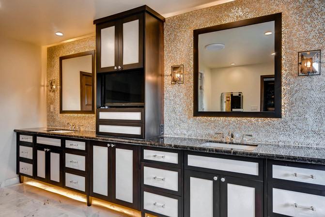TGI HomeCrafters Mesa AZ 85205-large-018-20-Master Bathroom-1499x1000-72dpi.jpg