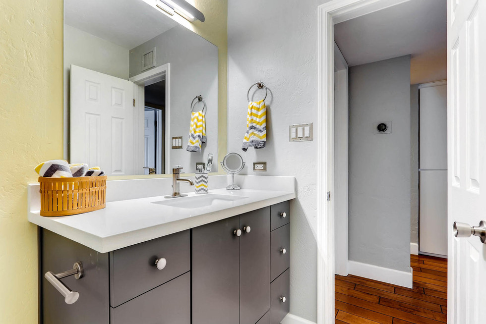 TGI HomeCrafters Phoenix AZ-large-005-3-Bathroom-1500x1000-72dpi.jpg
