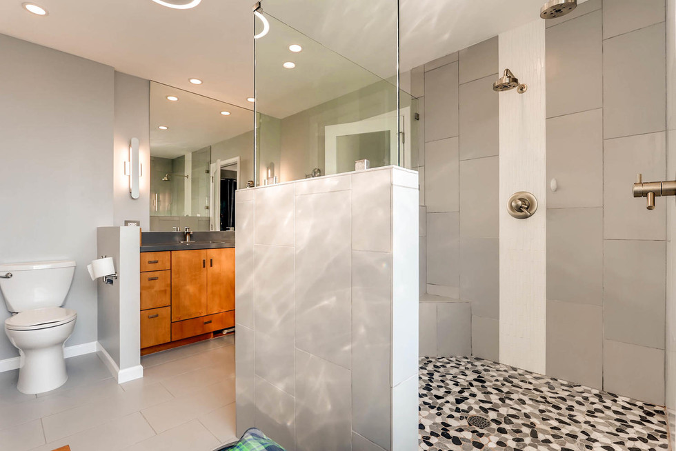 TGI HomeCrafters Phoenix AZ-large-008-9-Bathroom-1500x1000-72dpi.jpg
