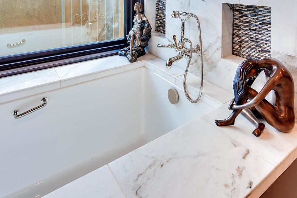 TGI HomeCrafters Mesa AZ 85205-large-019-13-Master Bathroom-1499x1000-72dpi.jpg