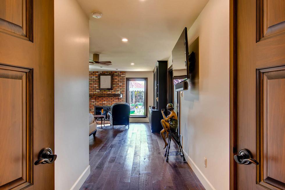TGI HomeCrafters Mesa AZ 85205-large-016-5-Master Bedroom-1499x1000-72dpi.jpg