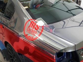 VW Passat in Chrom