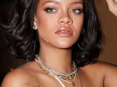 Watch: Rihanna Blesses Us with a No-Makeup Makeup Quarantine Tutorial