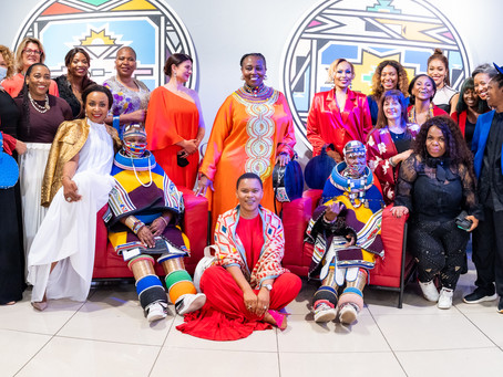 #WKNDWrapUp Carol Bouwer x Dr. Esther Mahlangu Collaboration at The Melrose Gallery + AMAs 2020