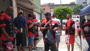 Samba e almoço comunitário