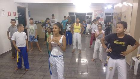 ong+cecidiaidelcio+aulas+de+capoeira+9.j