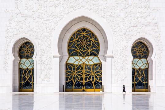 "Tomas Baranauskas – ""Urgent steps inside the miracle"" (United Arab Emirates, 2017)"