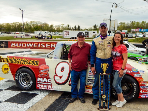 Swan Holds Egan At Bay During WIR TUNDRA Spring Opener