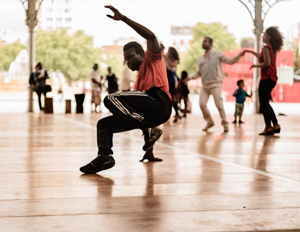 abstract  paris dancing la halle  134  0