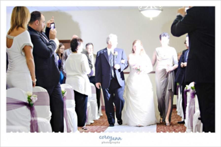 unplugged-wedding2pp_w897_h596