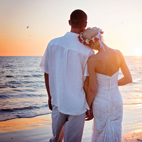 Wedding, Bride, Groom, Couple, Sunset, Wedding Photography at Diamondhead Beach Resort, Fort Myers Beach, Florida