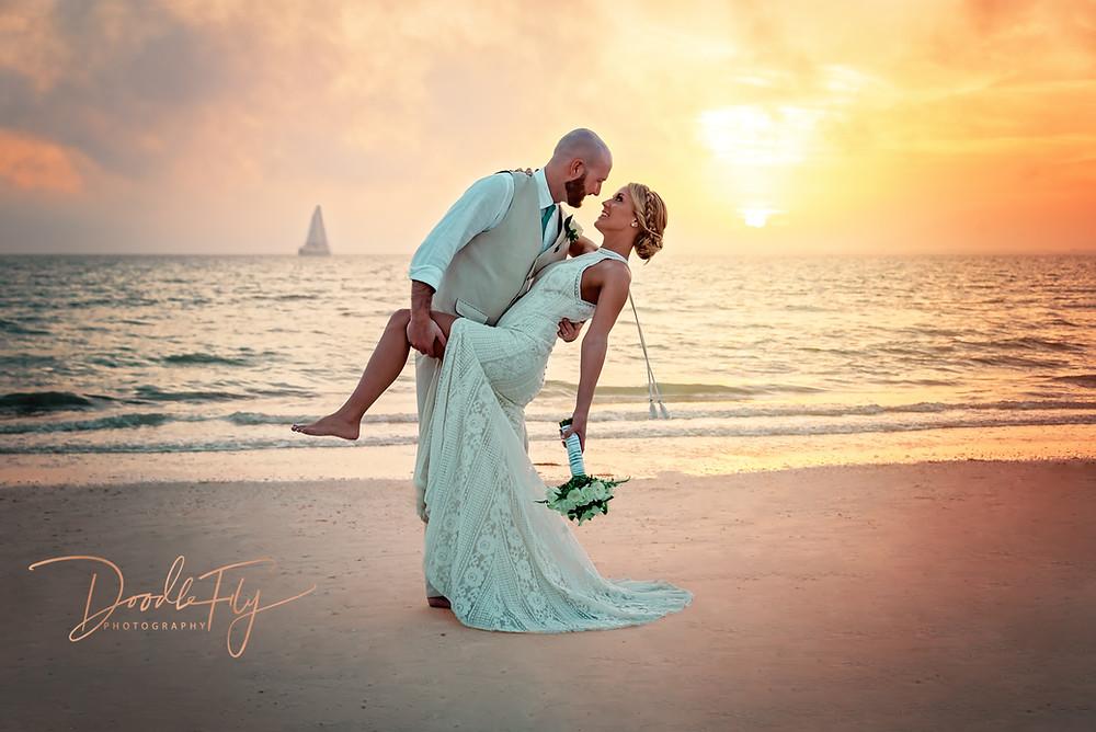 Wedding Photos, Bride & Groom, Sunset, Fort Myers Beach, Pink Shell Resort