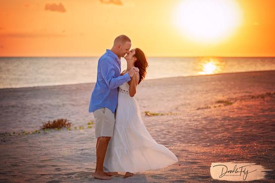 Couple at Bowmans Beach, Sanibel