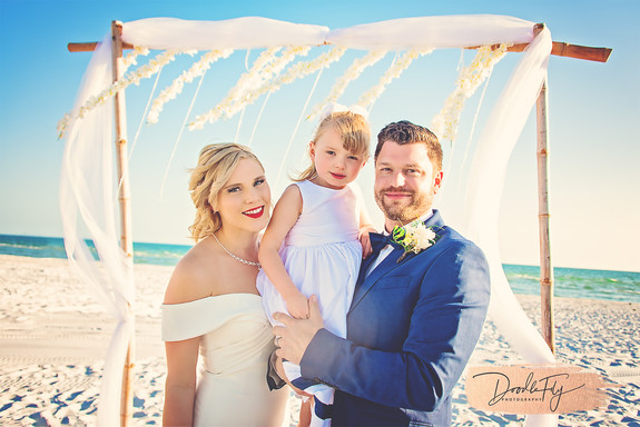 Wedding Family Diamondhead Beach Resort, Fort Myers by Doodle Fly Photography