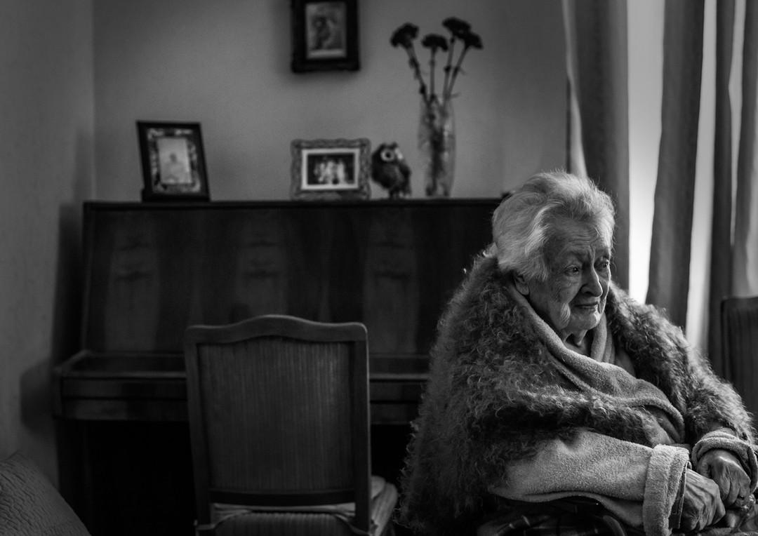 Grandmother * Бабушка