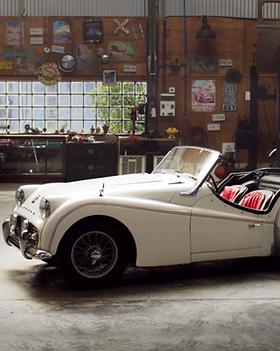 Vintage Car Garage