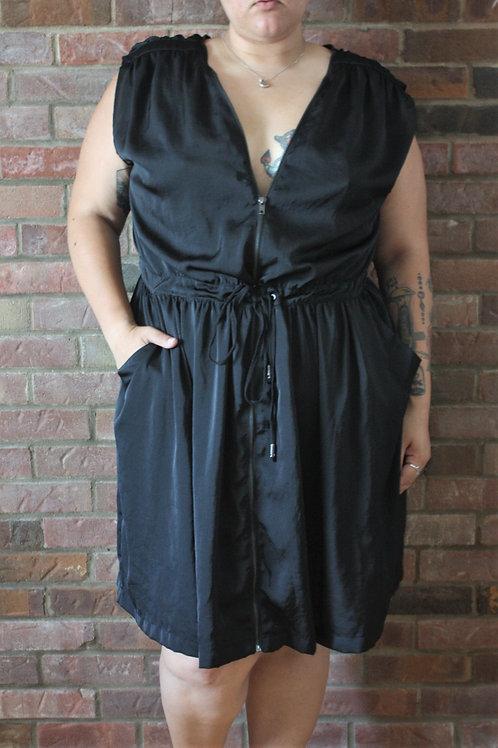 Robe tissu satiné noir gr.2X