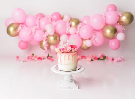 Pink & Gold Cake Smash | Cypress Photographer |