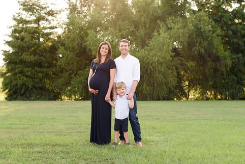 Tomball Maternity Photographer