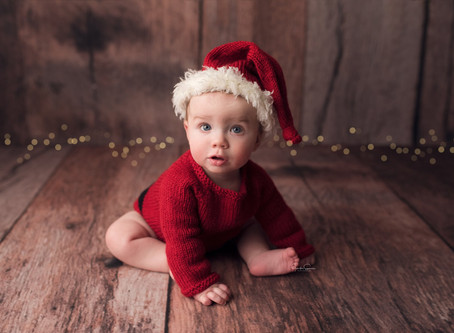 6 month boy pictures | Cypress Baby Photographer | Sitter Session