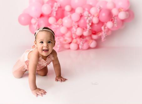 Pink & Floral Balloon Cake Smash | Cake Smash Photos | Jennifer Spencer Photography