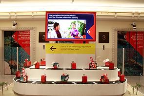 Vodafone POP-UP in Harrods