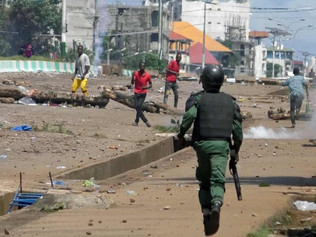 Guinea: security forces killed people in pro-opposition neighbourhoods after presidential election